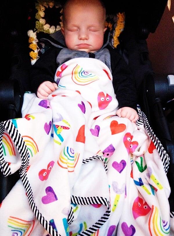 baby blanket DIY, custom baby blanket, design your own baby blanket, custom fleece fabric