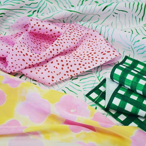 Digital Fabrics custom fabric printing fabric design fashion prints designer pink daisy